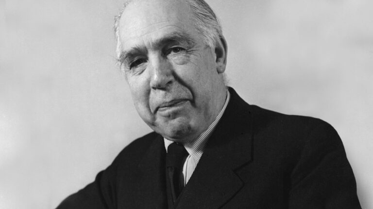 Niels Bohr Atomic Model Theory Experiment